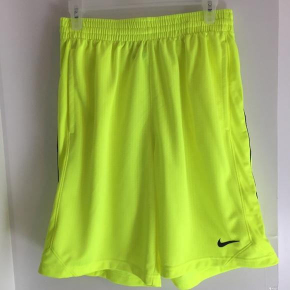 fb092ce5 Small Men's Basketball Shorts Volt & Black. M_5cb589b8de696ac44c9a61d0